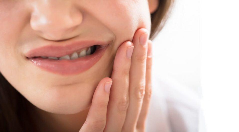 Wymiana czy naprawa wypełnienia-stomatologia minimalnie inwazyjna w praktyce