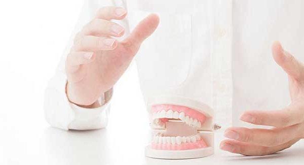 Rola rehabilitacji protetycznej po operacyjnym zaopatrzeniu złamania podstawy wyrostka kłykciowego żuchwy