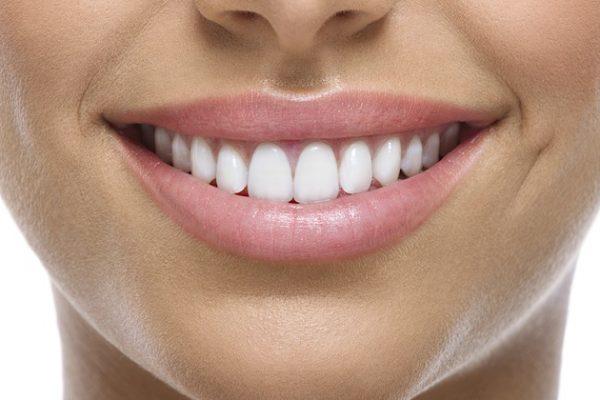 Wybielanie zębów - najnowsze metody i przepisy w praktyce