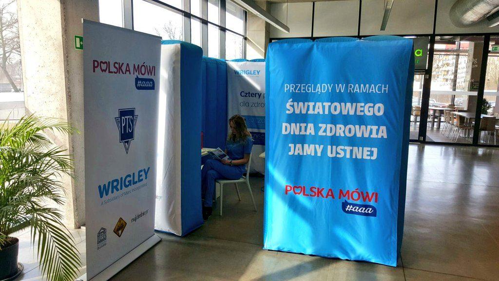 ŚDZJU: mobilne gabinety stomatologiczne Orbit w: Poznaniu, Wrocławiu i Warszawie