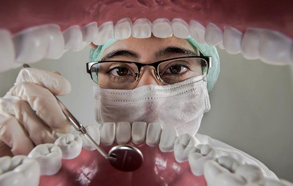 """""""Holistyczny wymiar patologii jamy ustnej"""" – zarejestruj się!"""