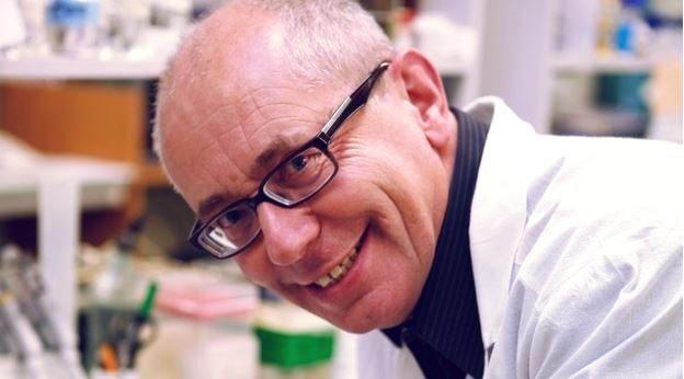 Oto laureat naukowej Nagrody Heisiga: prof. Jan Potempa