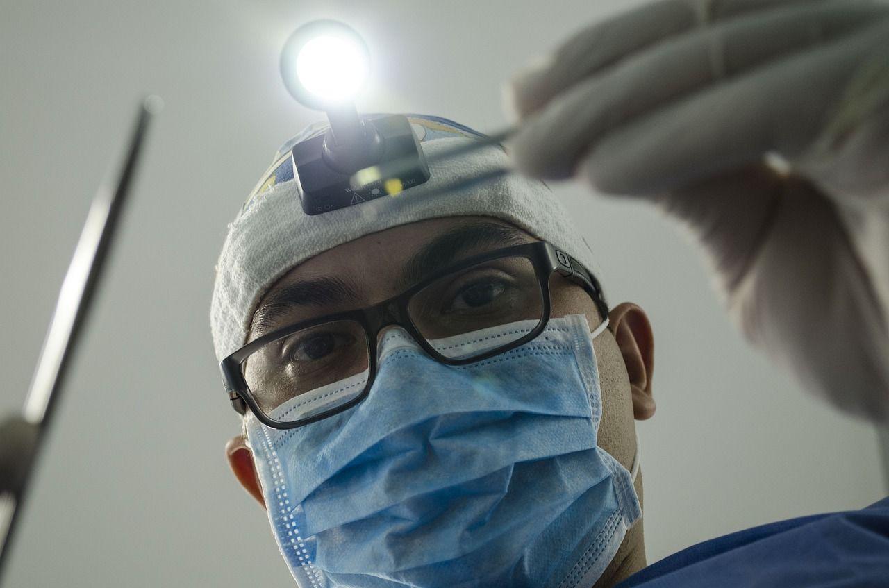 OPINIA PRAWNA: COVID-19 a udzielanie świadczeń zdrowotnych przez lekarzy dentystów